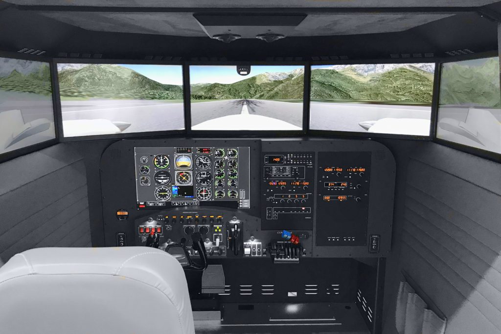 Crx Max Cockpit1 1024×683