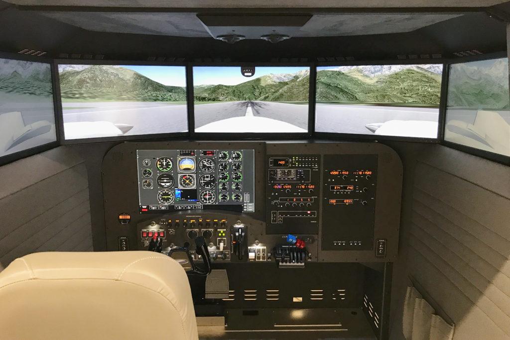 Crx Max Cockpit1
